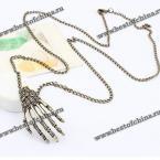 Прекрасная цепочка и необычный кулон в виде руки для мужчин и женщин.
