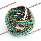 Шикарный браслет в Богемском стиле украшенный бусами.