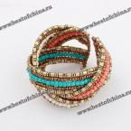 Великолепный, шикарный браслет украшенный яркими бусами.