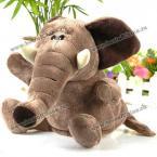 Великолепная мягкая игрушка в виде милого слоника.