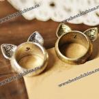 Стильное кольцо украшенное ушками котёнка.(Один размер)