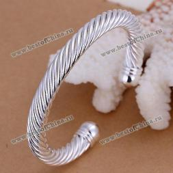 Noble Twist Style Bracelet For Men
