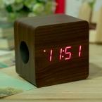 В наличии Мини-квадрат деревянный динамик Bluetooth цифровой FM беспроводной портативный динамик новые