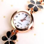 77 Мода Горячие Случайный Стиль Моды Браслет Из Нержавеющей Стали Наручные Часы Женщины Платье Часы Дейзи Дизайн Классические Часы XR694