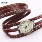 CCQ Старинные Заклепки Кожаный Браслет Часы Мода Женщины Кварцевые Часы Дамы Кварцевые Часы Reloj Mujer Relogio Feminino 1158
