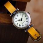 Новая мода горячие продажа кожаные женские часы ROMA старинные часы женщины одеваются часы