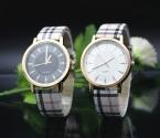 Горячая распродажа свободного покроя часы два цвета бренд кварцевые пару часов старинные стиль wristwatches красный оптовая продажа пара relogio